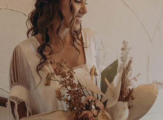 Boho wedding bride San Jose del Cabo bridal bouquet