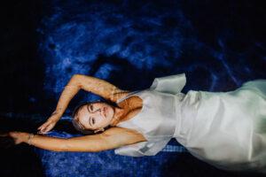 Bridal editorial wedding photography - Trash the dress pool Los Cabos